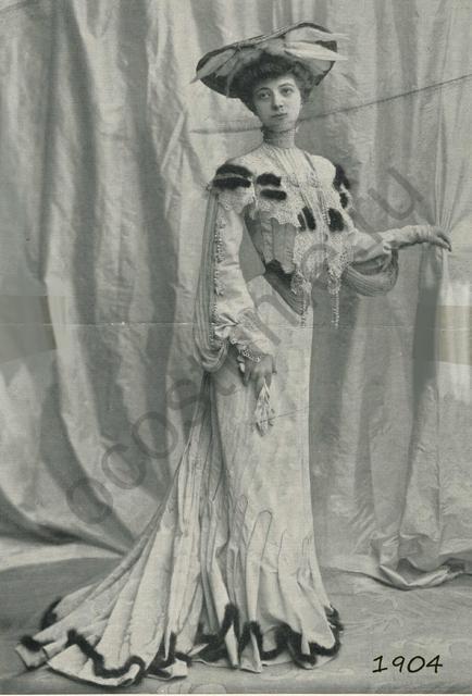 efe84a25b91 Женское нарядное шелковое платье