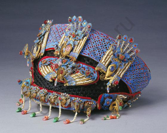 festive hats of chinese emperors